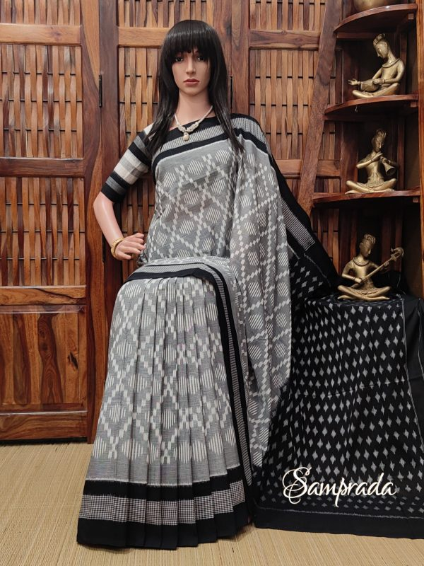 Baagya - Ikkat Cotton Saree without Blouse