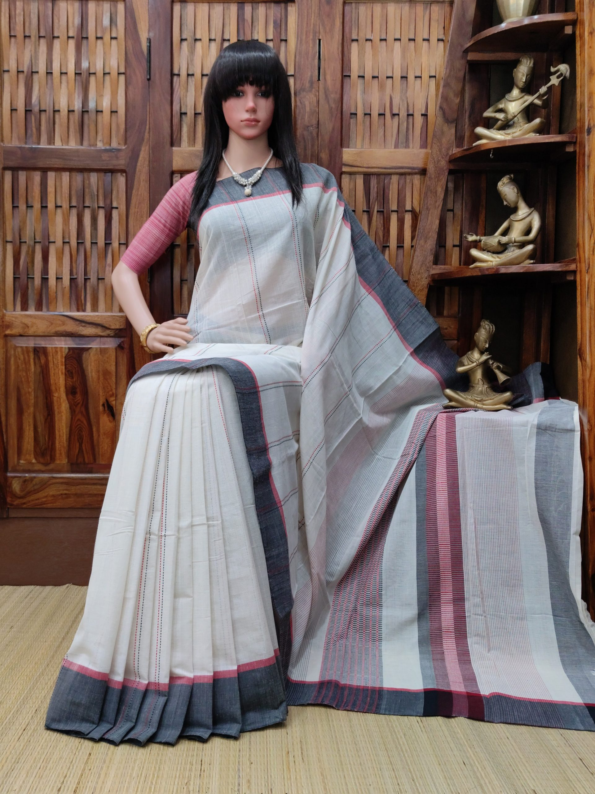 Iditri - Jamdani Cotton Saree