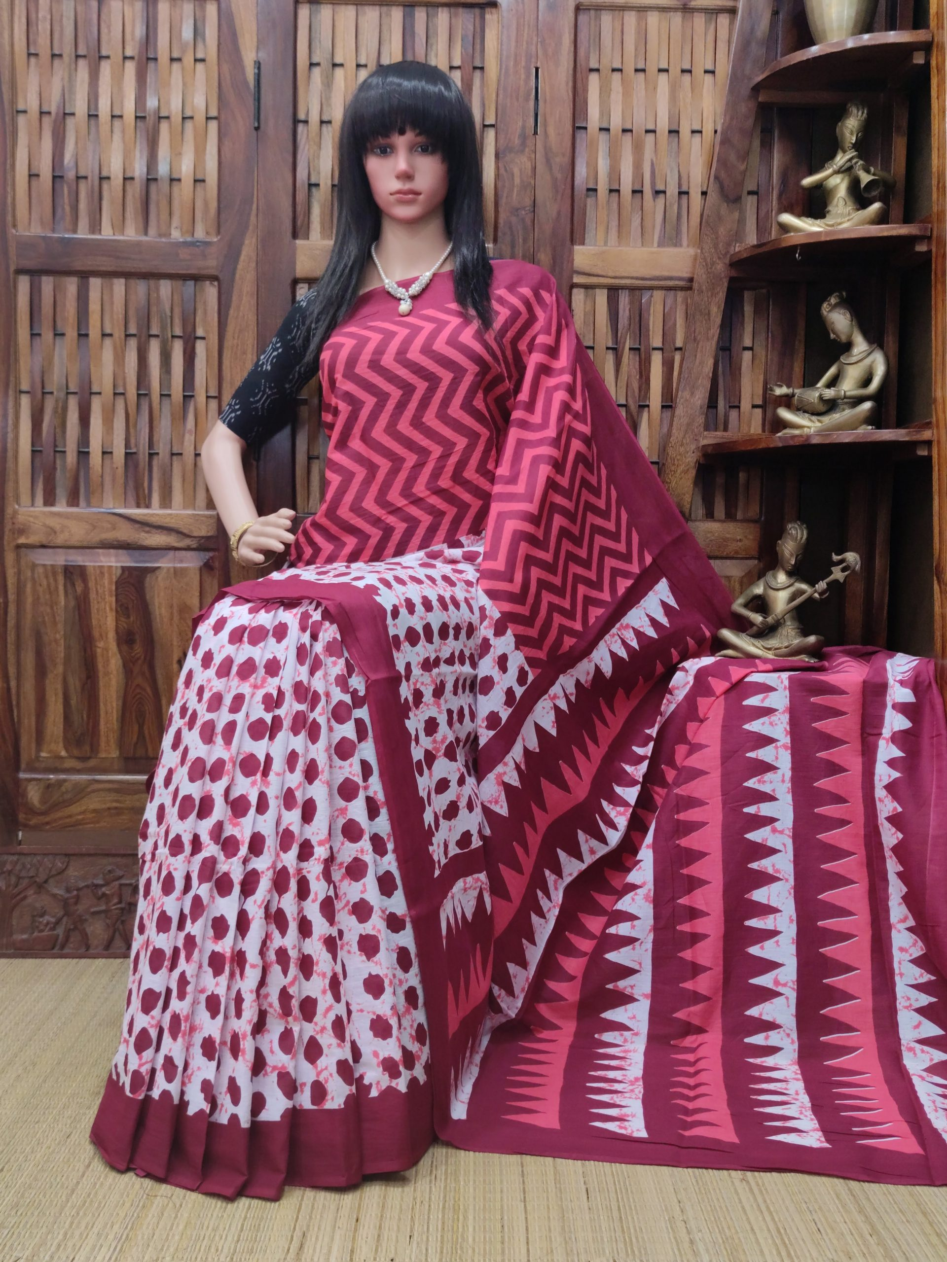 Madhulika - Mulmul Cotton Saree