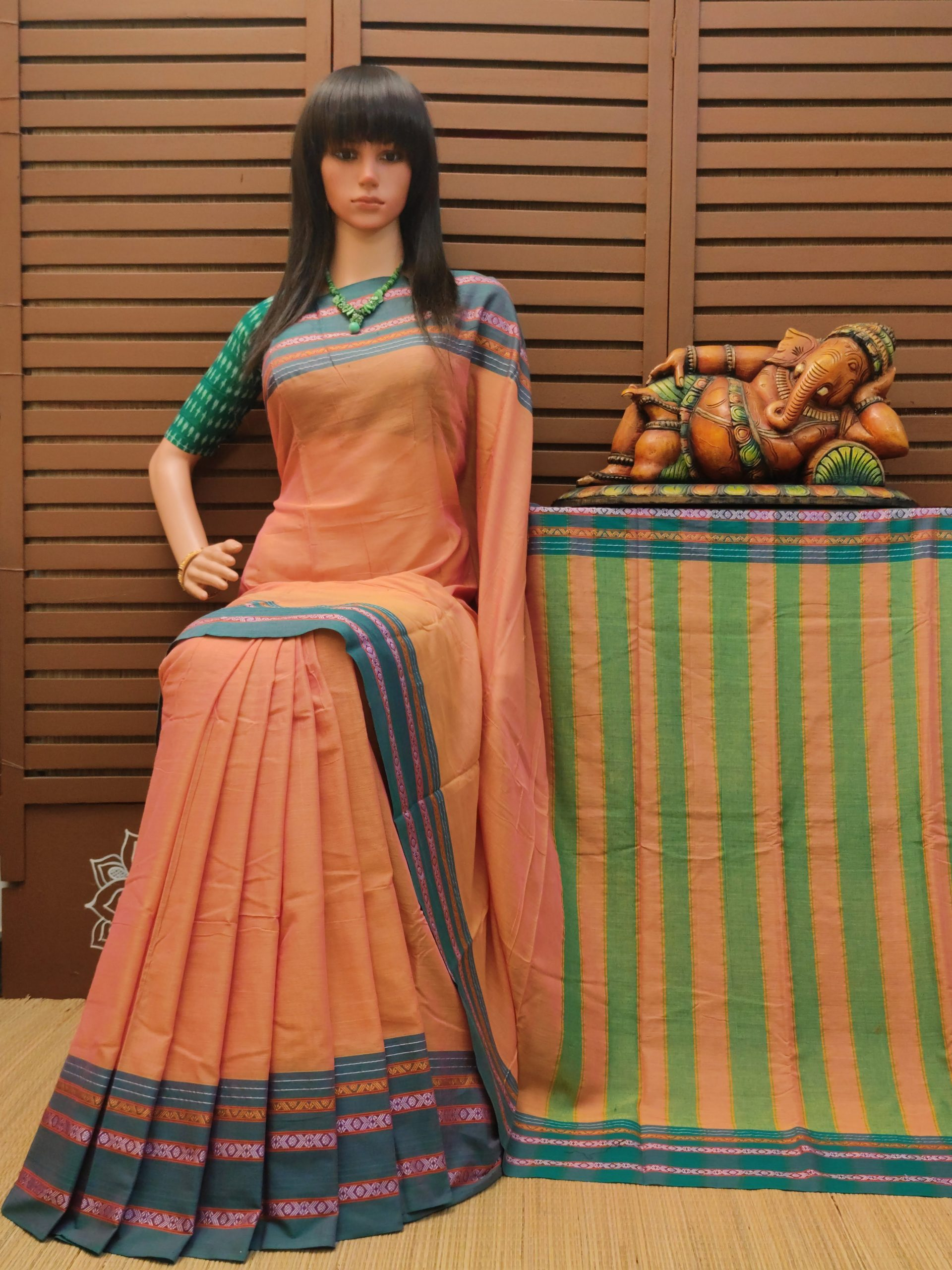 Divyamani - Pearl Cotton Saree